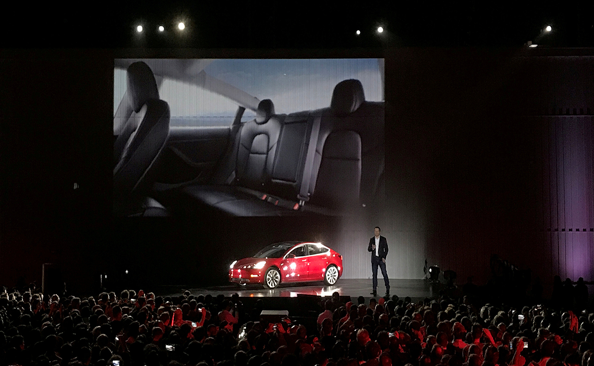 Tesla S Internal Seat Strategy Goes Against The Grain For Now
