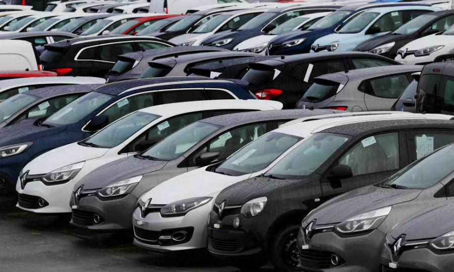 Europe Car Sales Grow 7 Vw Fails To Stem Decline