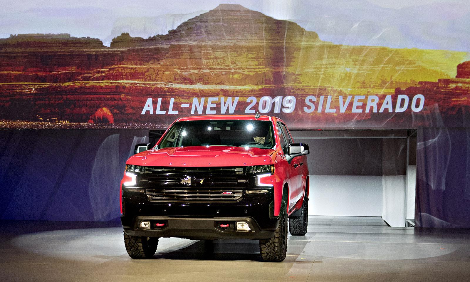 GM picks Mich. plant to build new Silverado diesel engine