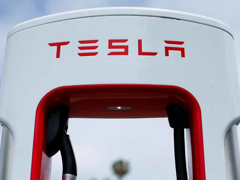 Tesla Seeks Tariff Exemption For Chinese Made Car Computer